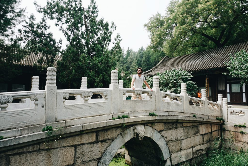Living in China - Tiago at Summer Palace (Beijing)