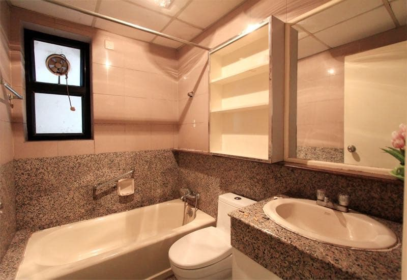 Internship in Tianjin Bathrooms and apartment
